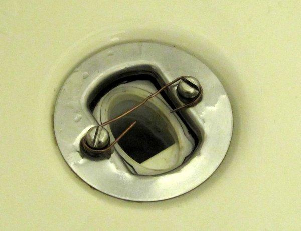 Duschablauf mit Büroklammer